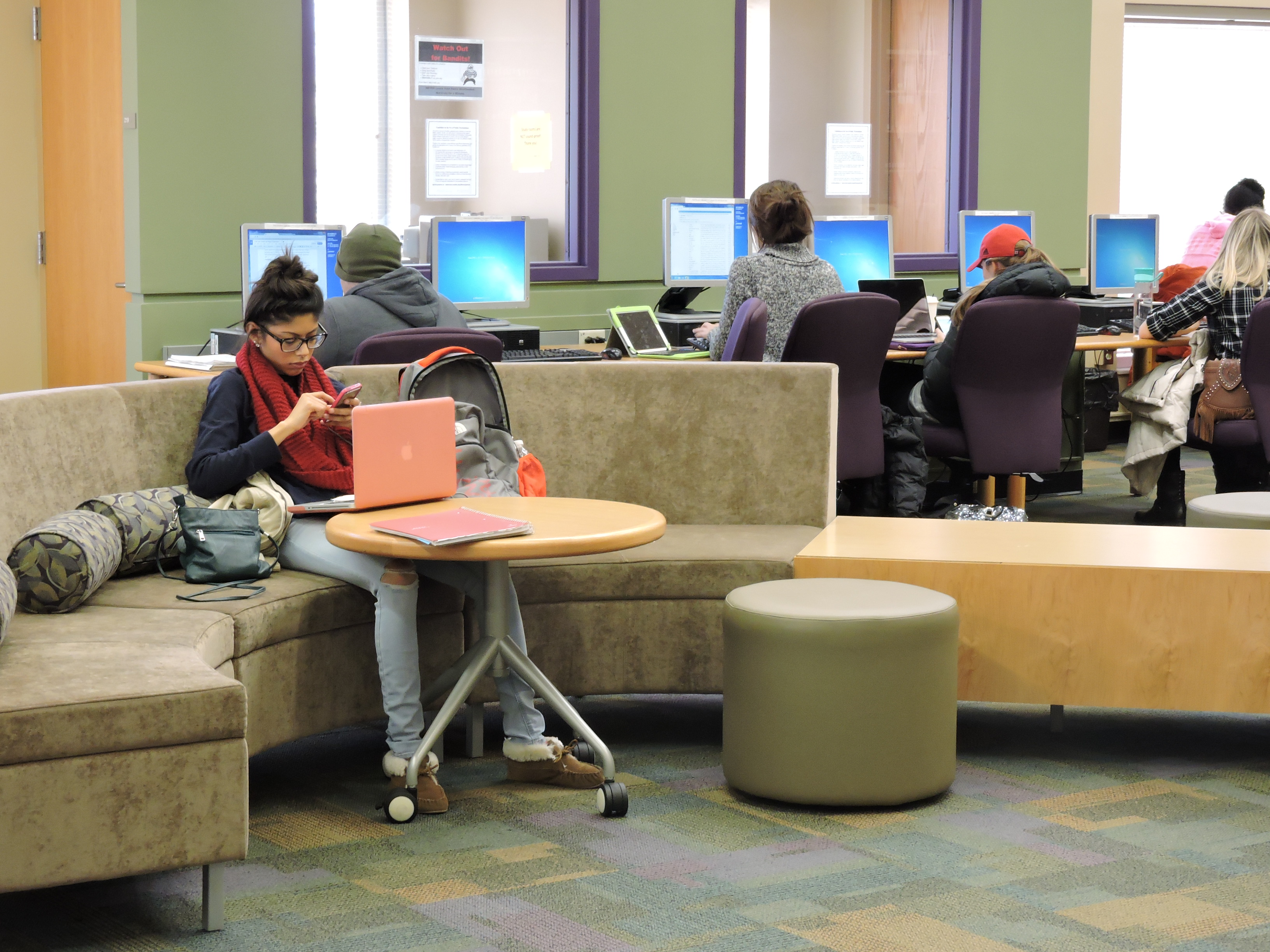 Rentschler Library Is Located On The Second Floor Of Schwarm Hall At Miami University Hamilton Between Its Close Relationship With Students